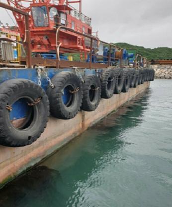250 TONS FLOATING CRANE BARGE FOR SALE